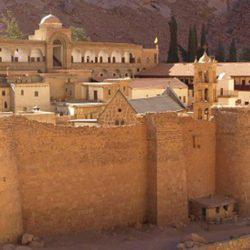 Αγία Αικατερίνη: Το μοναστήρι της στην κορυφή του όρους Σινά