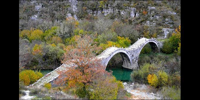 Το Καλογερικό, γεφύρι έξω από τους Κήπους