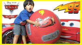 Ο 6χρονος που έγινε εκατομμυριούχος παίζοντας