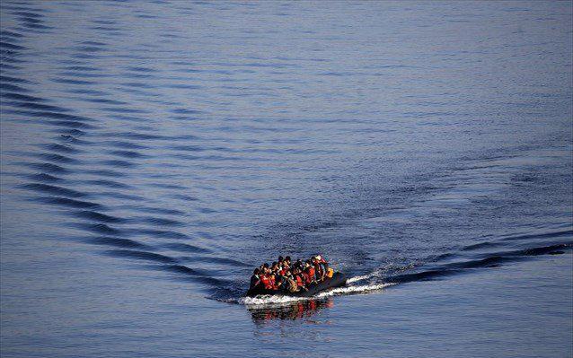 Σχεδόν 25.000 πρόσφυγες – μετανάστες πέρασαν στα νησιά του Β. Αιγαίου το 2017