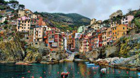 Το πιο «χρωματιστό» χωριό της Ευρώπης!