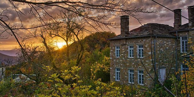 Πανέμορφα ελληνικά χωριά… για φίλημα