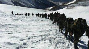 Εικόνες από την χειμερινή εκπαίδευση της στρατιωτικής σχολής Ευελπίδων
