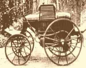 Τα πρώτα αυτοκίνητα στην Ελλάδα. Έβρισκαν βενζίνη στα φαρμακεία, και μόνο το 1934 είχαμε 7 χιλιάδες τροχαία…