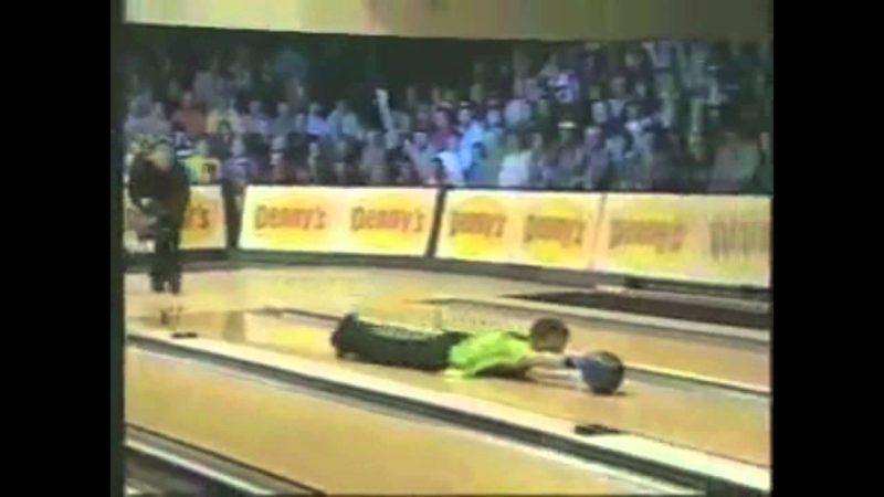 Τι το θες το μπόουλινγκ? Δείτε το Επικό Bowling Fails βίντεο