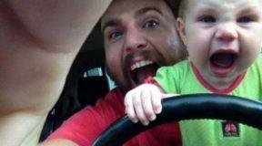 12 λόγοι για να μην αφήνετε το μωρό μόνο με τον μπαμπά…