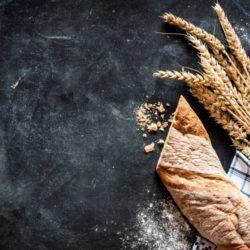 Ο φούρναρης που άλλαξε τα πάντα στην ελληνική αγορά ψωμιού