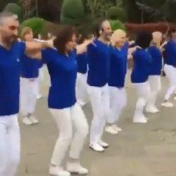 Σάλος με φεστιβάλ στην Κωνσταντινούπολη! Χόρεψαν συρτάκι στα γαλανόλευκα – «Έσταξαν» χολή οι Τούρκοι
