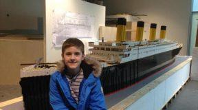 Αγοpάκι 15 ετών με αυτισμό έφτιαξε το πιο πιστό αντίγραφο του Τιτανικού με τουβλάκια LEGO