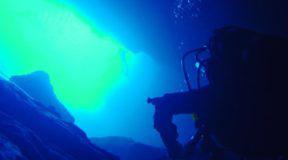 Το μυστήριο της λίμνης της Βουλιαγμένης – Ο θρύλος που λέει ότι παγιδεύει τα παλικάρια