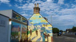Γκράφιτι μεταμορφώνουν πόλη της Σκωτίας σε… έκθεση ζωγραφικής! Φώτο