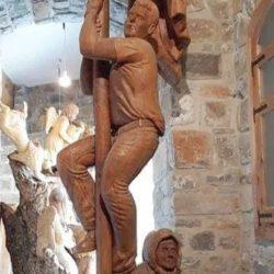 Η Κρήτη δεν ξεχνά τον Σολωμό Σολωμού – Το άγαλμα του ήρωα στον Αξό Μυλοποτάμου