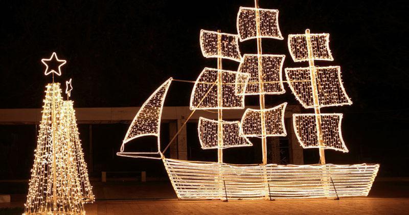 Γιατί οι Έλληνες στολίζουμε καράβι τα Χριστούγεννα;