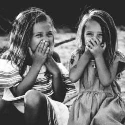 6 πολύτιμα μαθήματα που μας δίδαξε η παιδική φιλία
