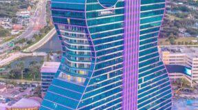 Το πρώτο ξενοδοχείο σε σχήμα κιθάρας στη Φλόριντα