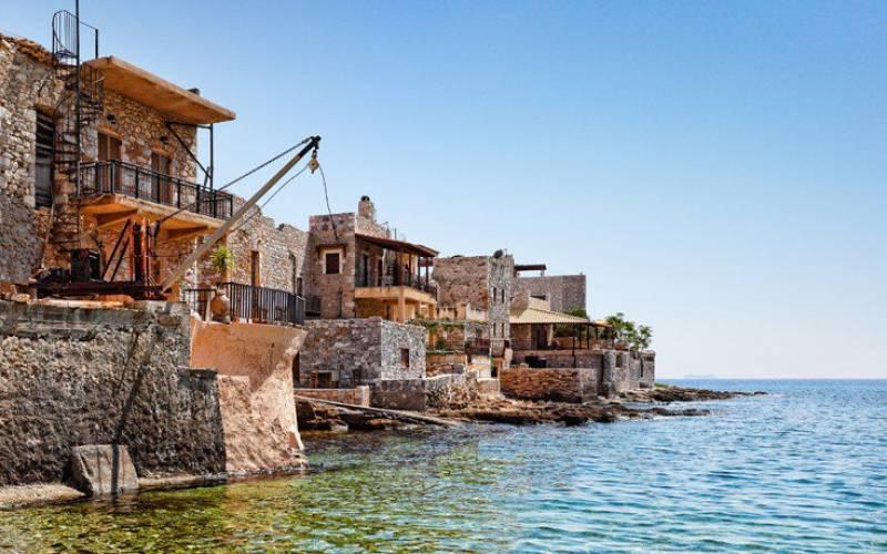 Γερολιμένας, ένα από τα πιο όμορφα παραλιακά χωριά