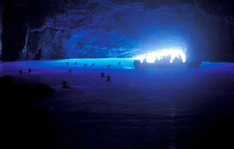 Ένα από τα μεγαλύτερα υποθαλάσσια σπήλαια της χώρας βρίσκεται στο Καστελόριζο