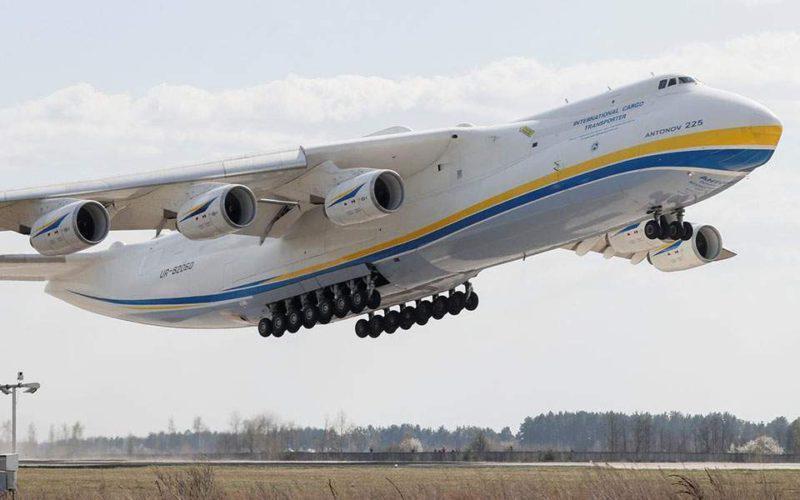 Το μεγαλύτερο αεροσκάφος του κόσμου στην Αθήνα!