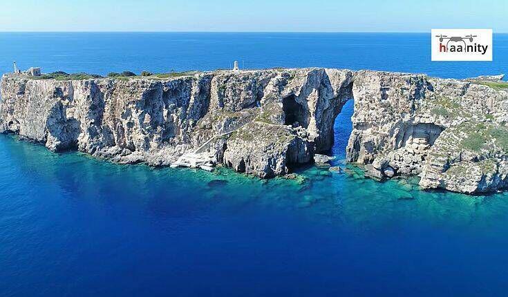 Το κατακόρυφο ελληνικό νησί στη Μεσσηνία με το ιδιαίτερο μυστικό